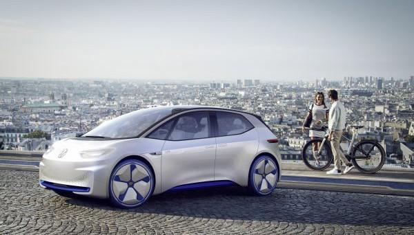 Volkswagen ID: la produzione avrà inizio da novembre 2019, lo ha annunciato Volkswagen stessa durante un summit con i fornitori.