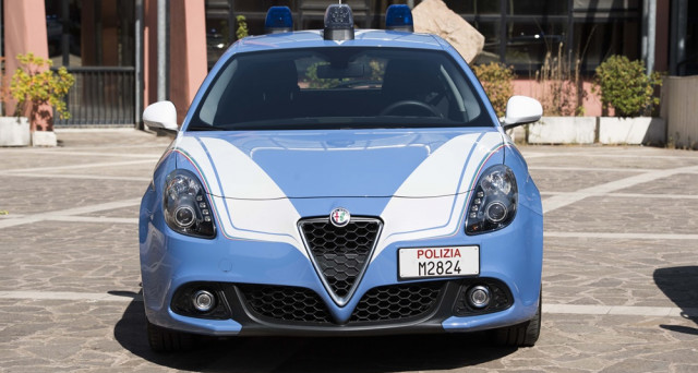 Alfa Romeo Giulietta Polizia: 10 esemplari sono stati consegnati ieri a Roma alle forze dell'ordine e saranno utilizzati dalla polizia stradale.