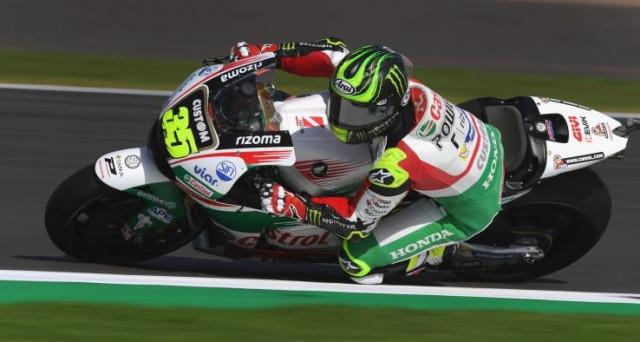 Valentino Rossi si piazza al secondo posto nelle seconde prove libere del MotoGp d'Inghilterra che si sta disputando nel celebre circuito di Silverstone