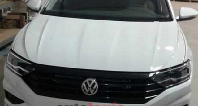 Volkswagen Jetta: ecco l'immagine emersa dal web che mostra l'aspetto della nuova berlina della celebre casa automobilistica tedesca