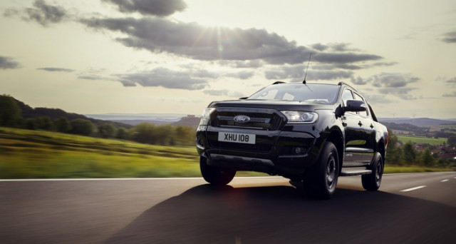 Ford Ranger Black Edition è la nuova versione del più famoso Pick Up di Ford in Europa, il modello sarà mostrato al Salone di Francoforte.