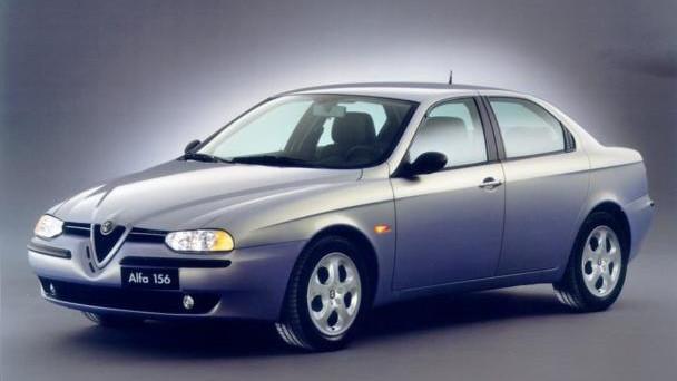 Alfa Romeo festeggia i 20 anni della sua mitica Alfa 156, una vettura lanciata nel 1997 per sostituire la poco amata Alfa 155.