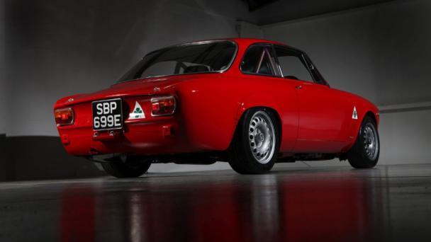 Alfa Romeo Alfaholics GTA-R 290