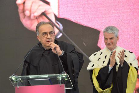 Sergio Marchionne CEO di Fiat Chrysler ha parlato anche di guida autonoma a Rovereto in occasione della consegna della Laurea honoris causa.