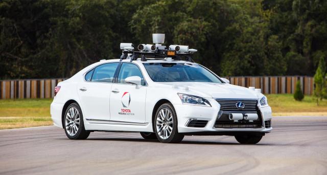 Toyota ha annunciato nelle scorse ore che testerà le sue auto a guida autonoma anche in California nella stazione GoMentum