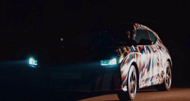 Nuova Hyundai Veloster: l'ultimo video teaser mostra qualche dettaglio in più sulla nuova vettura che debutterà a gennaio al Detroit Auto Show 2018