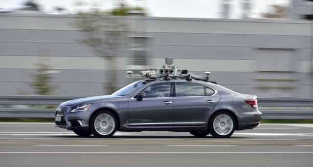 Toyota come Volvo si pone l'obiettivo di eliminare gli incidenti mortali nel settore auto grazie  in particolare alla guida autonoma