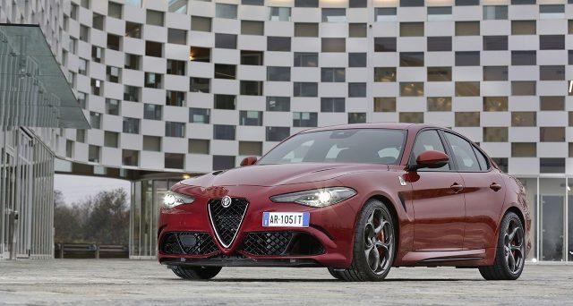 """Alfa Romeo Giulia Quadrifoglio e Veloce conquistano due premi in Germania agli """"Sport Auto Award 2018""""."""