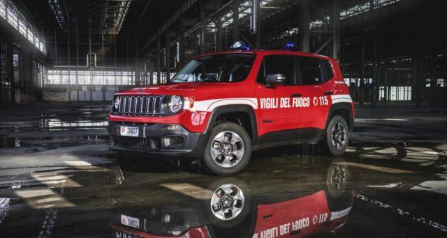 Jeep Renegade: ecco la versione pensata per i Vigili del fuoco e prodotta in 100 unità con motore diesel da 120 cavalli e trazione integrale.