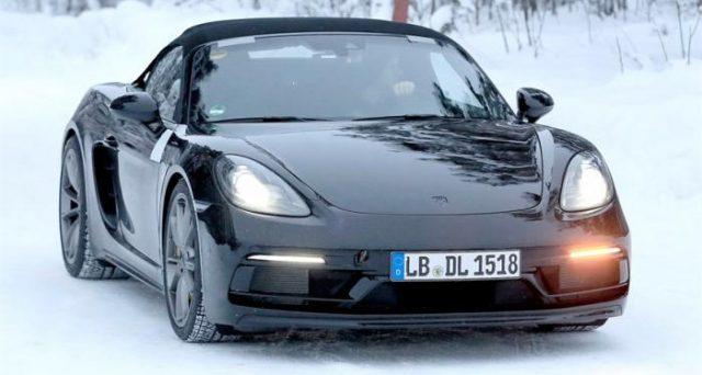Porsche 718 Boxster: ecco le ultime foto spia del prototipo camuffato del nuovo veicolo che sarà svelato nei prossimi mesi.