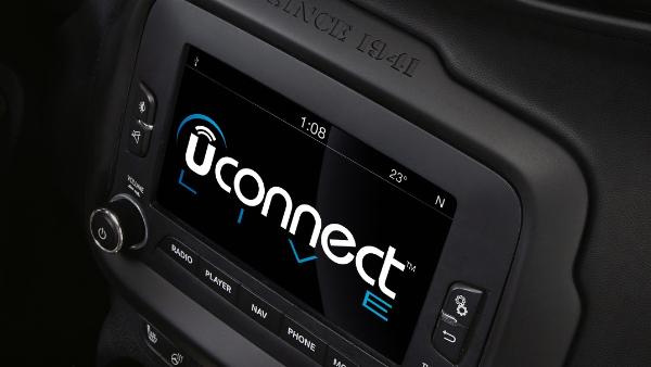 Fiat Chrysler: nelle scorse ore si è registrato un problema con il sistema di infotainment Uconnect in alcuni modelli del gruppo a causa di un aggiornamento.