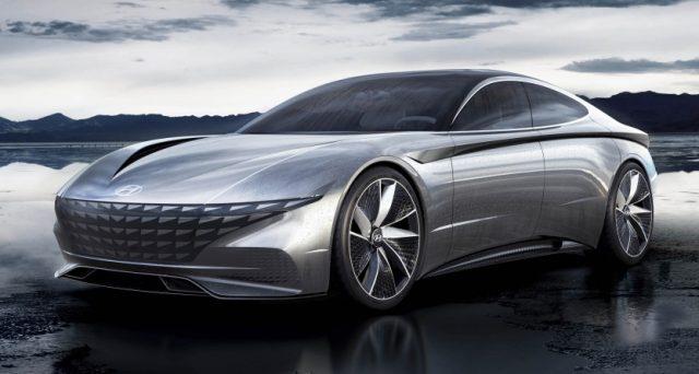Hyundai Le Fil Rouge concept:linee eleganti e abitacolo ergonomico per la coupè a zero emissioni che mostra l'idea di futuro secondo Hyundai.