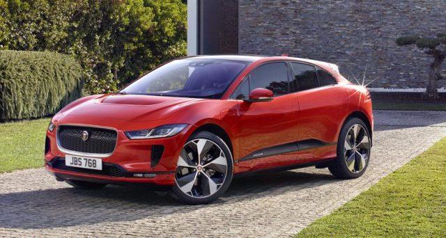 Jaguar I-Pace vince ai Wolrd Car Awards 2019, premi che sono stati assegnati durante il Salone dell'auto di New York