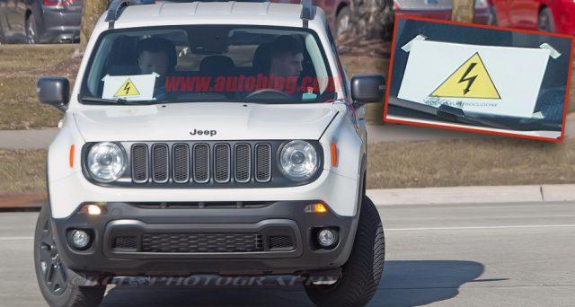 Jeep Renegade ibrida: ecco una delle immagini tratte dal sito Autoblog che mostrano la presunta versione ibrida di Renegade.