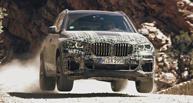 Nuova Bmw X5: continuano i test del veicolo in attesa del suo debutto, nel frattempo Bmw pubblica nuove foto.