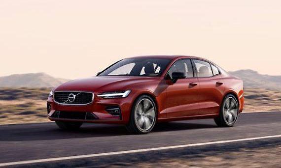 La nuova Volvo S60 è stata svelata a Charleston negli USA, ecco le prime immagini ufficiali