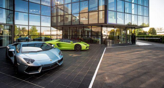 Lamborghini ottiene il nuovo record di vendite nel primo semestre del 2018 grazie all'immatricolazione di 2.327 unità.