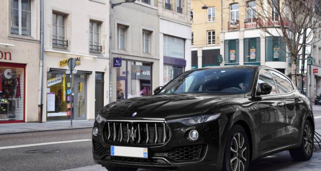 Maserati Levante Hertz Edition: la versione speciale è stata lanciate per festeggiare i 100 anni della società di noleggi.