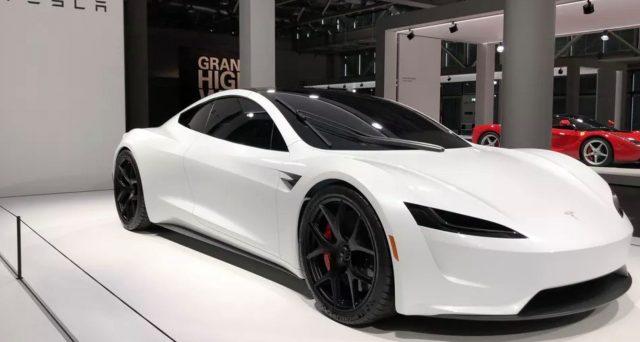 Nuova Tesla Roadster