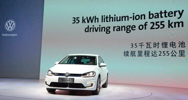 Volkswagen annuncia l'apertura di 3 nuove fabbriche in Cina, continua l'espansione del colosso di Wolfsburg in Asia.