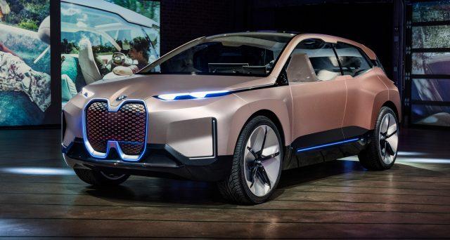 Bmw Vision iNext Concept è stato mostrato al Los Angeles Auto Show 2018 nelle scorse ore
