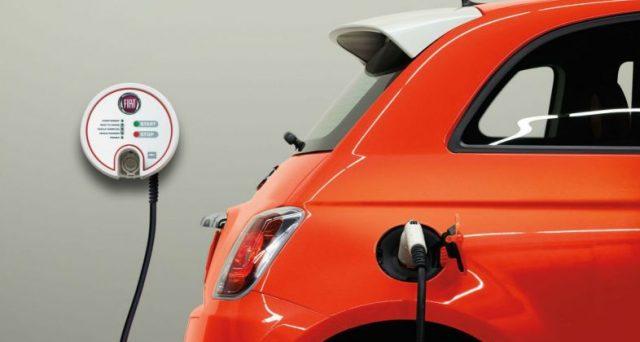 La versione elettrica di 500 sarà svelata all'inizio del prossimo anno, la sua produzione avverrà a Mirafiori