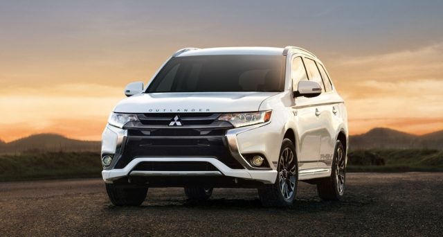 Mitsubishi Outlander PHEV è stato proclamato Green Suv of The Year al Los Angeles Auto Show 2018