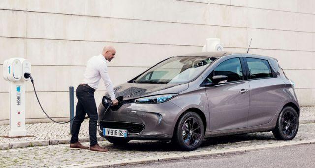II 2022 potrebbe essere l'anno di svolta per il mercato auto con i prezzi degli EV che saranno uguali a quelli delle auto a combustione