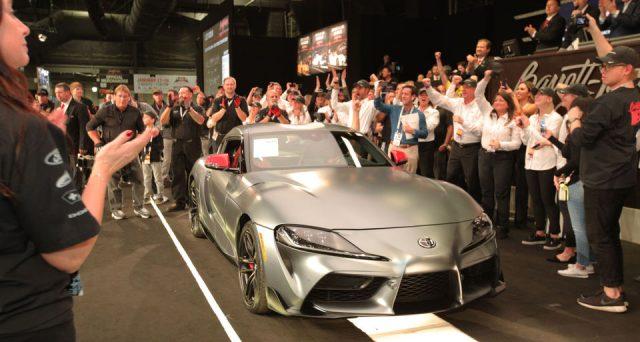 La prima Toyota Supra di nuova generazione prodotta è stata venduta ad un prezzo di 2,1 milioni di dollari