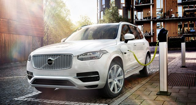 La casa svedese lancerà prima dell'estate la sua ultima gamma di motori diesel prima di dedicarsi alle sole auto elettriche