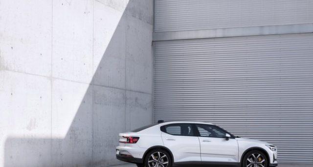 L'auto elettrica di Volvo potrebbe non arrivare negli USA a causa delle tensioni commerciali tra il paese americano e la Cina