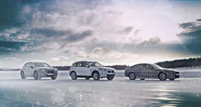 La casa bavarese testa i suoi futuri veicoli elettrici su terreni ghiacciati e innevati