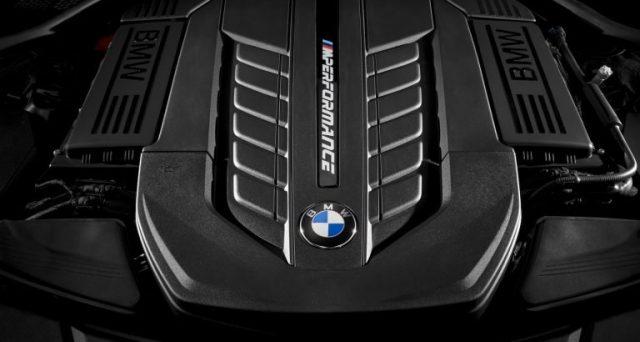 Secondo quanto dichiarato da un suo importante dirigente, Bmw potrebbe confermare il suo potente motore V12 almeno fino al 2023