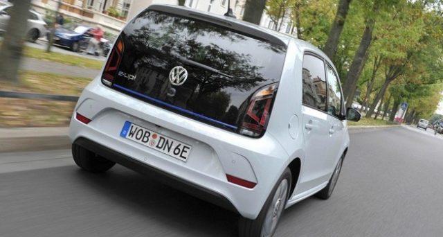 Volkswagen e-Up!: la versione aggiornata della compatta elettrica di Volkswagen sarà svelata al Salone dell'auto di Francoforte