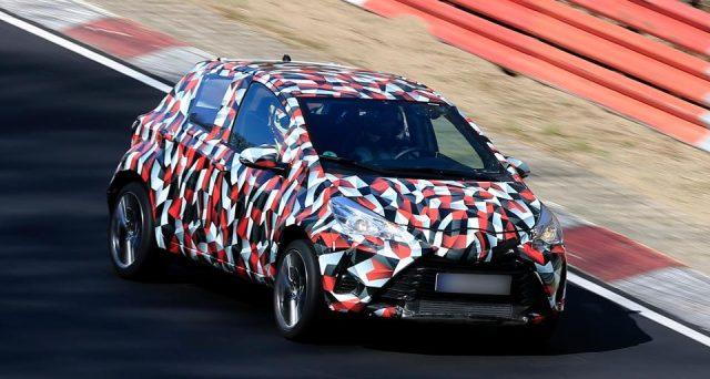 Avvistata al Nurburgring per la prima volta la futura generazione della compatta giapponese