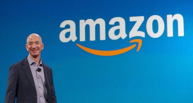 Amazon ha in programma di continuare a farsi strada nell'industria automobilistica con il suo assistente vocale Alexa