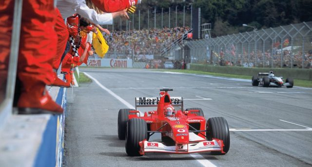 Ferrari F2002: la vettura con la quale Michael Schumacher vinse il mondiale di Formula 1 nel 2002 verrà messa all'asta il prossimo 30 novembre