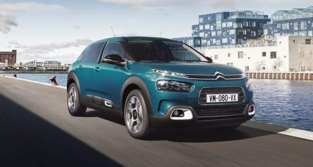 I vertici di PSA hanno già confermato ad alcuni media che alla fine dell'attuale generazione, la Citroën C4 Cactus scomparirà