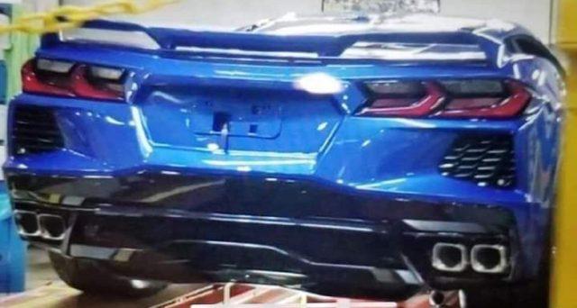 Chevrolet Corvette C8: ecco la prima immagine senza veli della versione di produzione che sarà svelata il prossimo 18 luglio