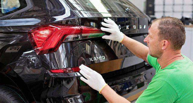 La produzione in serie della nuova Skoda Kamiq è già in corso presso lo stabilimento che il marchio ha a Mladá Boleslav