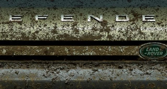 Nuova Land Rover Defender: a pochi giorni dal debutto a Francoforte la casa inglese svela una nuova immagine teaser