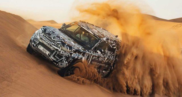 Land Rover Defender: la nuova generazione sarà dotata di una sospensione pneumatica come opzione
