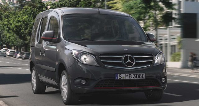 Mercedes continuerà il suo impegno nel segmento dei piccoli furgoni e ha quindi deciso di sviluppare un successore del furgone Citan