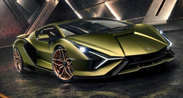 Lamborghini Aventador non avrà i supercondensatori di Sian, lo ha detto il direttore tecnico della casa automobilistica, Maurizio Reggiani