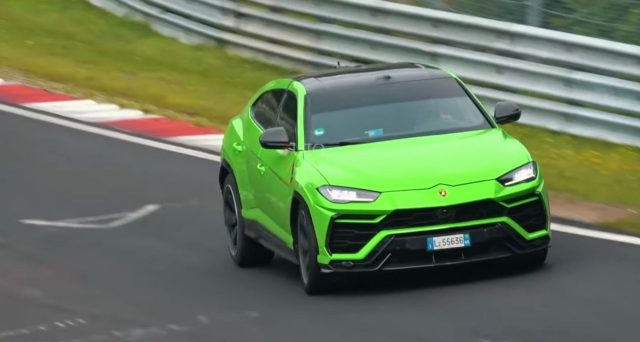 Un misterioso veicolo di prova di Lamborghini Urus è stato individuato sul famoso circuito del Nurburgring in Germania durante alcune sessioni di test