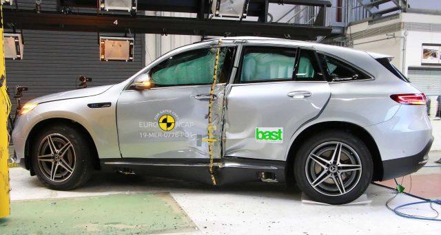 Mercedes-Benz EQC: il suv elettrico della casa tedesca ottiene 5 stelle nei Crash Test di Euro NCAP