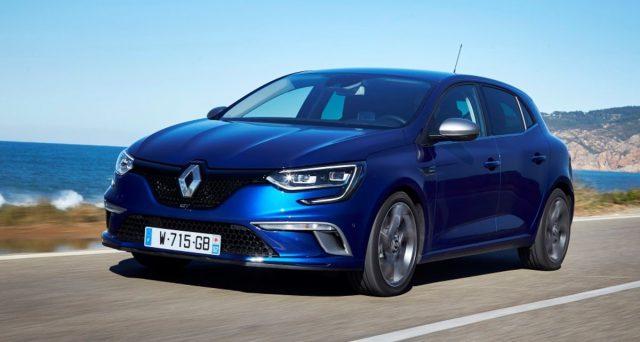 Renault ha aggiornato la gamma di Megane con nuova tecnologia per l'abitacolo, un modello RS aggiornato e la prima variante ibrida plug-in