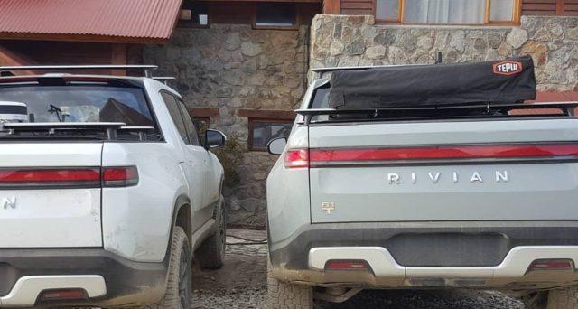 Un paio di prototipi di pre-produzione di Rivian R1T sono stati avvistati sulla punta più meridionale dell'Argentina nella Terra del Fuoco
