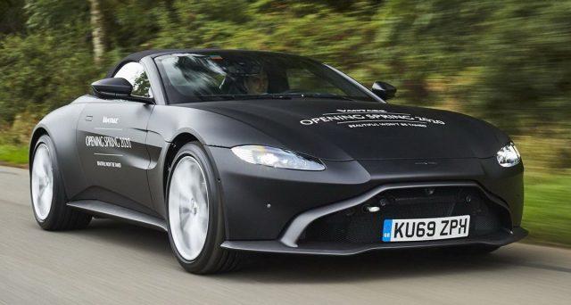 Prime immagini della nuova Aston Martin Vantage Roadster