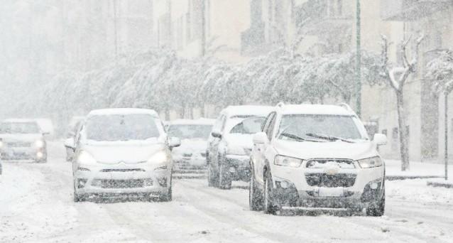 Arriva il temuto ciclone Mediterraneo: venti forti, neve e gelo intenso spiazzano l'Italia.